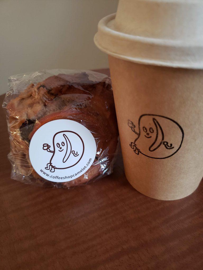 コーヒーとおやつ、 私の最強のパートナー。